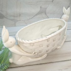 "Кашпо керамічне біле з кроликами ""Ажур"""