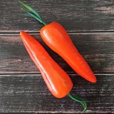 Морква декоративна 15 см.